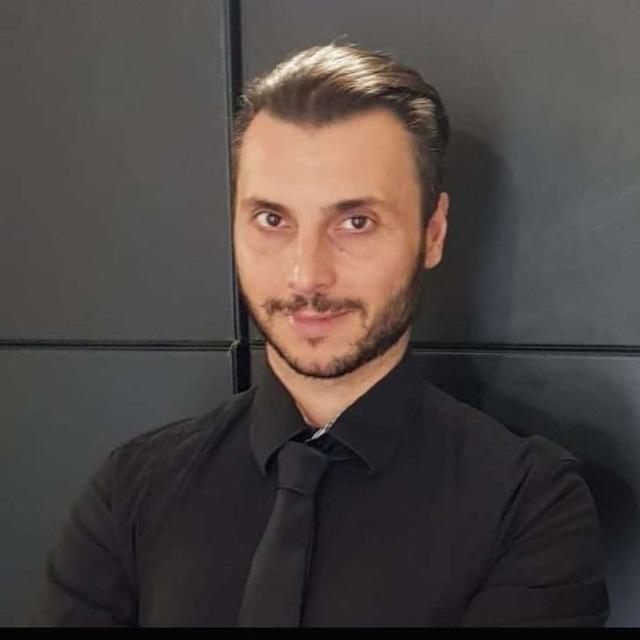 Emanuele B